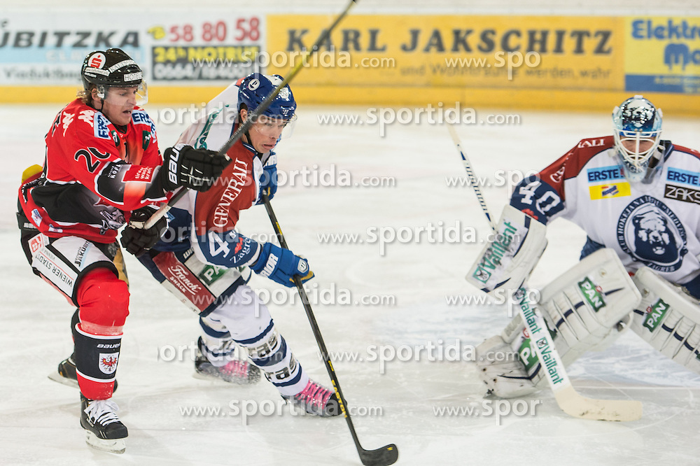 19.10.2012, Tiroler Wasserkraft Arena, Innsbruck, AUT, EBEL, HC TWK Innsbruck vs KHL Medvescak Zagreb, 13. Runde, im Bild Mike Bartlett, (HC TWK Innsbruck, # 20), Geoff Waugh, (KHL Medvescak Zagreb, # 44), Michael Ouzas, (KHL Medvescak Zagreb, # 40) // during the Erste Bank Icehockey League 13th Round match between HC TWK Innsbruck and KHL Medvescak Zagreb at the Tiroler Wasserkraft Arena, Innsbruck, Austria on 2012/10/19. EXPA Pictures © 2012, PhotoCredit: EXPA/ Eric Fahrner