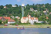 Loschwitz an der Elbe, Dresden, Sachsen, Deutschland.|.river Elbe, Loschwitz, Dresden, Germany