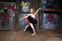Ballerina Sigrid Glatz Cortlandt Alley New York City Dance As Art The New York Photography Project