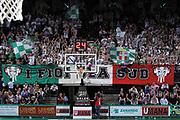 DESCRIZIONE : Treviso Lega A 2011-12 Umana Reyer Venezia Benetton Treviso<br /> GIOCATORE : tifosi benetton treviso<br /> CATEGORIA :  Tifosi<br /> SQUADRA : Umana Reyer Venezia Benetton Treviso<br /> EVENTO : Campionato Lega A 2011-2012<br /> GARA : Umana Reyer Venezia Benetton Treviso<br /> DATA : 28/04/2012<br /> SPORT : Pallacanestro<br /> AUTORE : Agenzia Ciamillo-Castoria/G.Contessa<br /> Galleria : Lega Basket A 2011-2012<br /> Fotonotizia :  Treviso Lega A 2011-12 Umana Reyer Venezia Benetton Treviso<br /> Predefinita :