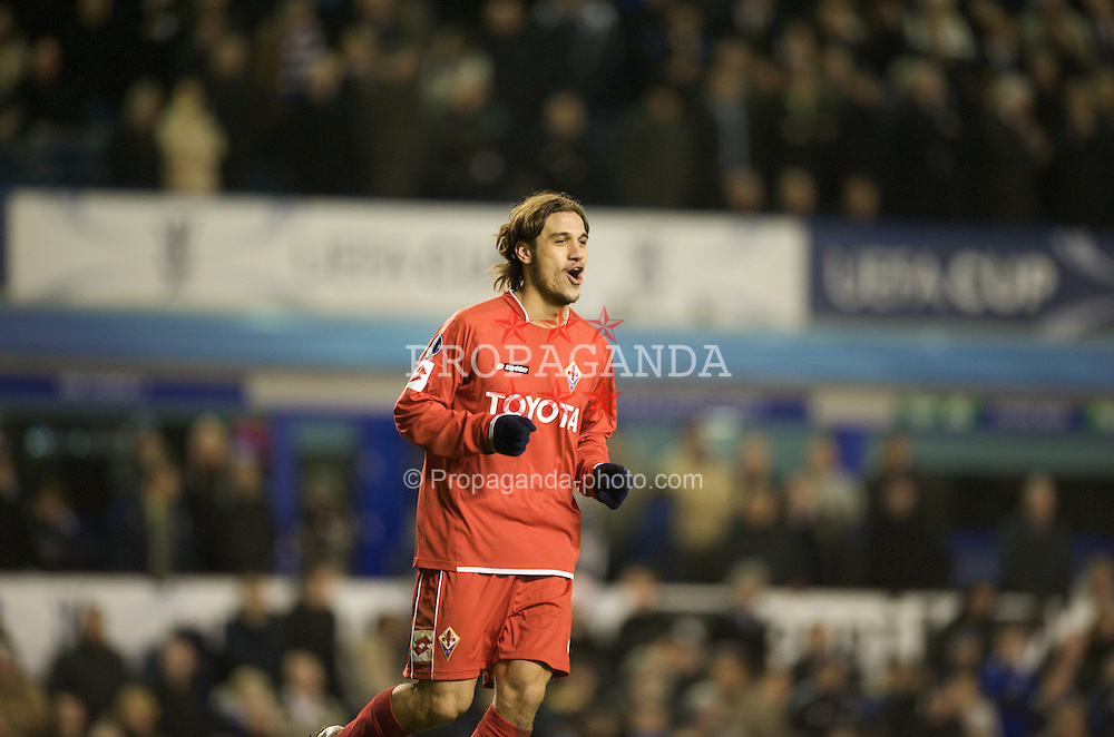 LIVERPOOL, ENGLAND - Wednesday, March 12, 2008: ACF Fiorentina's Pablo Daniel Osvaldo celebrates scoring a penalty during the shoot-out against Everton during the UEFA Cup Round of 16 at Goodison Park. (Photo by David Rawcliffe/Propaganda)