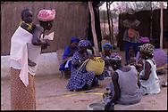 Senegal, arts and crafts cooperative // Cooperative artisanale dans la région de st Louis, Senegal