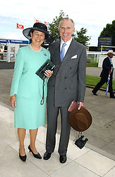The HON. & MRS DAVID SIEFF at Ladies Day at Epsom Racecourse, Surrey during the Derby Festival on 3rd June 2005.<br />