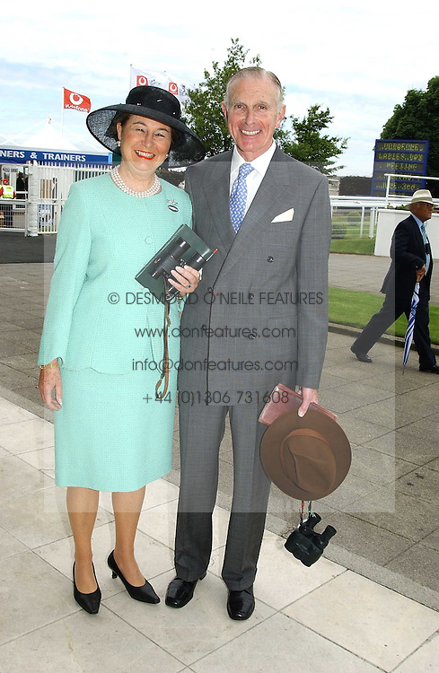 The HON. & MRS DAVID SIEFF at Ladies Day at Epsom Racecourse, Surrey during the Derby Festival on 3rd June 2005.<br /><br />NON EXCLUSIVE - WORLD RIGHTS