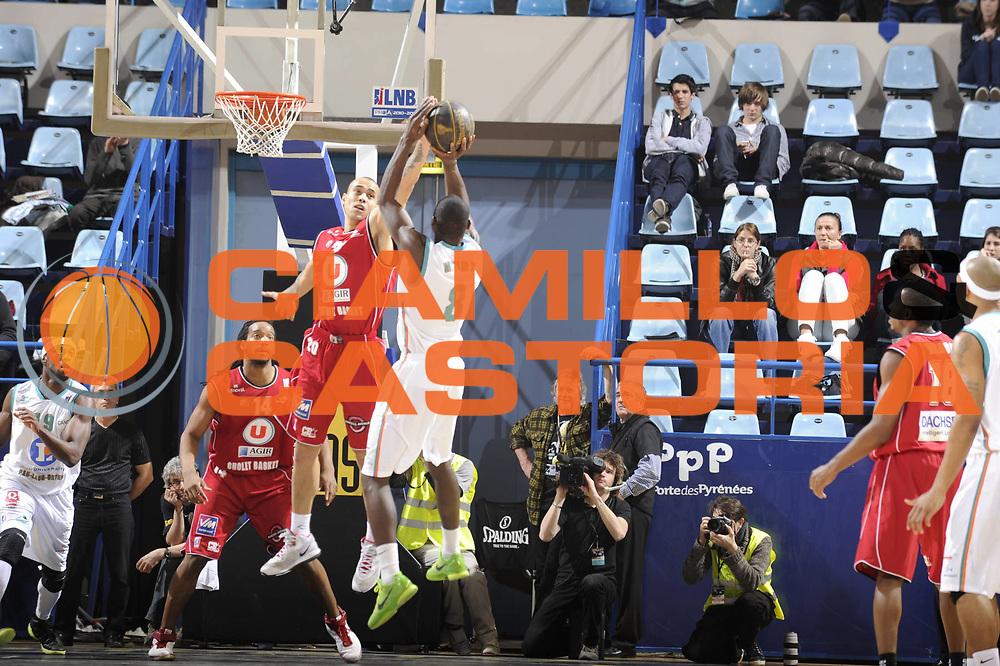 DESCRIZIONE : Championnat de France Basket Ligue Pro A  Semaine des As<br /> GIOCATORE : <br /> SQUADRA : Cholet<br /> EVENTO : Ligue Pro A  2010-2011<br /> GARA : Pau Cholet<br /> DATA : 10/02/2011<br /> CATEGORIA : Basketbal France Ligue Pro A<br /> SPORT : Basketball<br /> AUTORE : JF Molliere par Agenzia Ciamillo-Castoria <br /> Galleria : France Basket 2010-2011 Action<br /> Fotonotizia : Championnat de France Basket Ligue Pro A Semaine des As Quart Finale