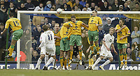Photo: Aidan Ellis.<br /> Leeds United v Norwich City. Coca Cola Championship. 11/03/2006.<br /> Leeds Eddie Lewis scores a last minute free kick to level the scores