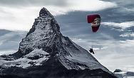 Matterhorn Cervin Zermatt tourisme montage alpes Alps Mountain Mountains Valais Wallis Suisse Swiss Switzerland<br /> Olivier Maire<br /> Parapente, paragliding, vol aérien<br /> (OMAIRE)