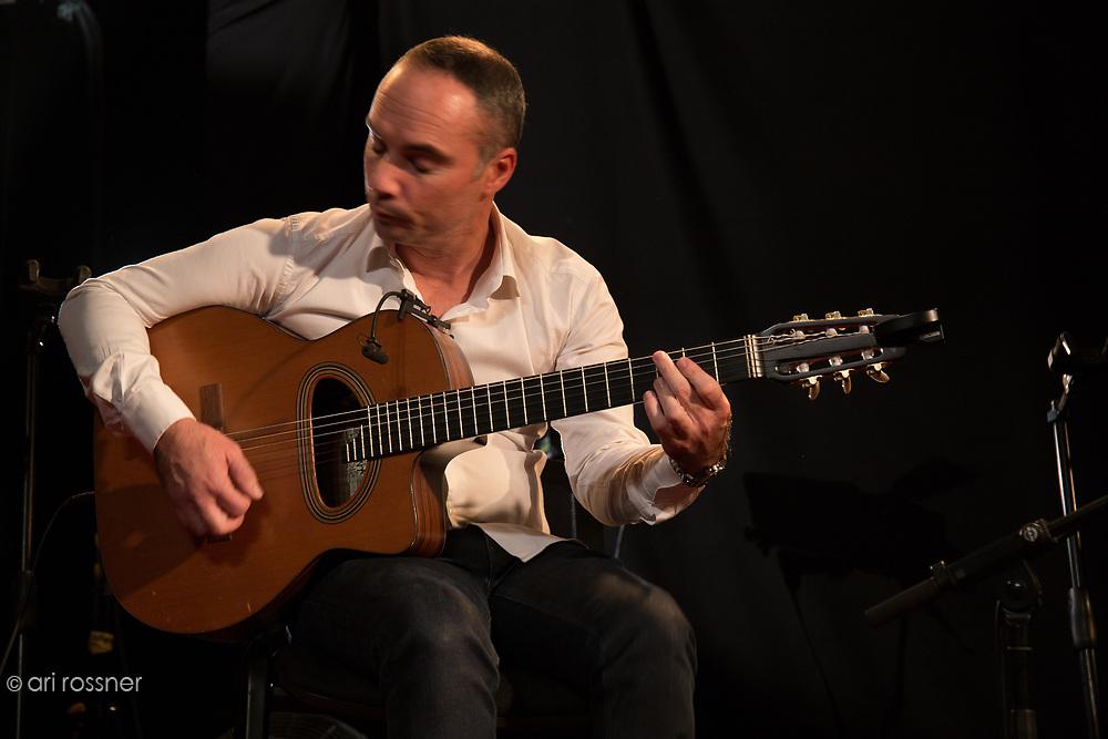 "Concert New Morning ""Django Memories Quartet"" Mathias Levy (Violon), Rocky Gresset (Guitare), Stochelo Rosenberg (Guitare), Xavier Nikqi (Contrebasse), Hono Winterstein (Guitare)"