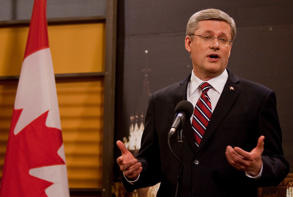 Conservative leader Stephen Harper speaks at a press conference following the english language debate in Ottawa, Ontario April 12, 2011.<br /> AFP/GEOFF ROBINS/STR