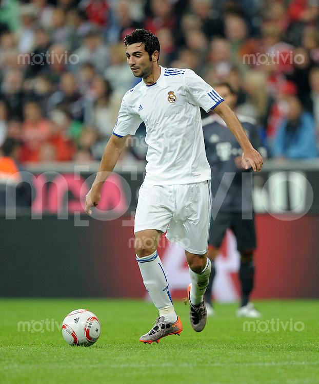 FUSSBALL  INTERNATIONAL   SAISON 2010/2011   13.08.2010 FC Bayern  Muenchen  - CF Real Madrid  RAUL ALBIOL TORTAJADA (Real Madrid)