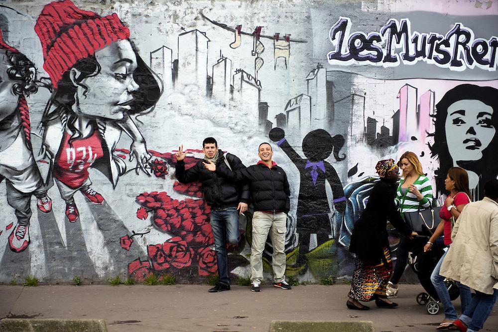 Wall of graffiti. Mur de graffiti.