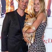 NLD/Amsterdam/20180820 - Premiere Dog Days, Nicolette Kluijver en hondje Mimi en partner Joost Staudt