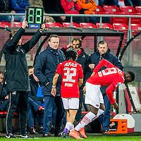 ALKMAAR - 06-02-2016, AZ - Vitesse, AFAS Stadion, 1-0, wissel, AZ speler Levi Opdam, AZ speler Derrick Luckassen