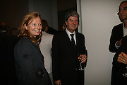 Amanda Renshaw and Yves Carcelle, THE LOUISE T BLOUIN INSTITUTE OPENS WITH INAUGURAL EXHIBITION: James Turrell: A Life in Light Exhibition. OLAF ST. LONDON. 12 OCTOBER 2006.  -DO NOT ARCHIVE-© Copyright Photograph by Dafydd Jones 66 Stockwell Park Rd. London SW9 0DA Tel 020 7733 0108 www.dafjones.com