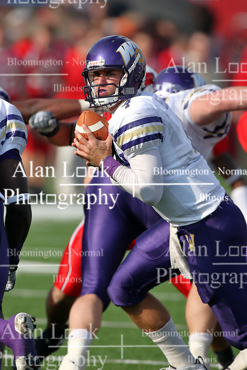 27 October 2007: Matt Barr rises from under center looking for a running back. The Western Illinois Leathernecks beat up on the Illinois State Redbirds  27-14 at Hancock Stadium on the campus of Illinois State University in Normal Illinois.