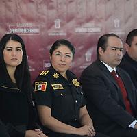 Toluca, México (Diciembre 04, 2017).- Maribel Cervantes, Secretaría de Seguridad del Estado de México, puso en marcha el Operativo Decembrino, con la finalidad de resguardar la seguridad de los turistas y habitantes de la entidad mexiquense durante la época decembrina, desplegando mas de 16 mil elementos policiacos.  Agencia MVT / Crisanta Espinosa.