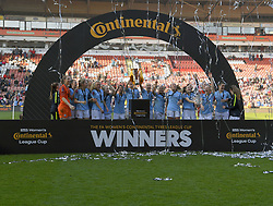 February 23, 2019 - Sheffield, England, United Kingdom - Sheffield, England 23rd February. Manchester City celebrate winning the lague cup during the  FA Women's Continental League Cup Final  between Arsenal and Manchester City Women at the Bramall Lane Football Ground, Sheffield United FC Sheffield, Saturday 23rd February. (Credit Image: © Action Foto Sport/NurPhoto via ZUMA Press)