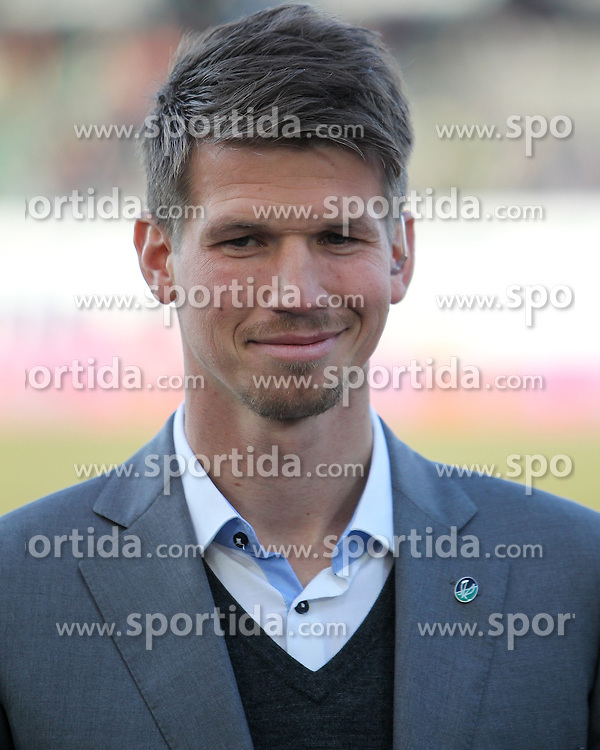 19.02.2017, Keine Sorgen Arena, Ried, AUT, 1. FBL, SV Guntamatic Ried vs FC Red Bull Salzburg, 22. Runde, im Bild Neuer Manager der SV Ried Franky Schiemer (SV Guntamatic Ried) // during the Austrian Football Bundesliga 22th Round match between SV Guntamatic Ried and FC Red Bull Salzburg at the Keine Sorgen Arena in Ried, Austria on 2017/02/19. EXPA Pictures © 2017, PhotoCredit: EXPA/ Hackl Roland