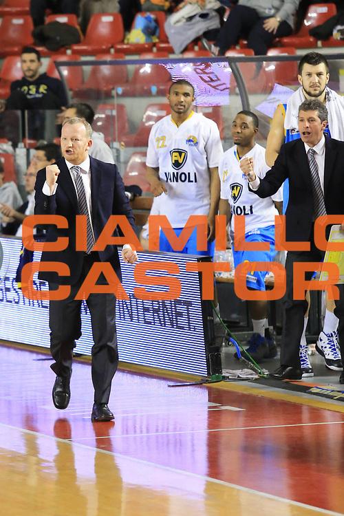 DESCRIZIONE : Roma Lega A 2012-13 Acea Roma Vanoli Cremona<br /> GIOCATORE : Gresta Luigi<br /> CATEGORIA : esultanza<br /> SQUADRA : Vanoli Cremona<br /> EVENTO : Campionato Lega A 2012-2013 <br /> GARA :  Acea Roma Vanoli Cremona<br /> DATA : 03/03/2013<br /> SPORT : Pallacanestro <br /> AUTORE : Agenzia Ciamillo-Castoria/M.Simoni<br /> Galleria : Lega Basket A 2012-2013  <br /> Fotonotizia : Roma Lega A 2012-13 Acea Roma Vanoli Cremona<br /> Predefinita :