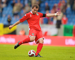 REYKJAVIK, ICELAND - Wednesday, May 28, 2008: Wales' captain Carl Fletcher in action against Iceland during the international friendly match at the Laugardalsvollur Stadium. (Photo by David Rawcliffe/Propaganda)