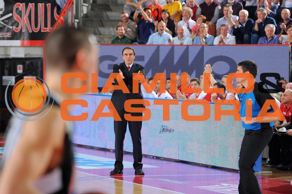 DESCRIZIONE : Varese Lega A 2010-11 Cimberio Varese Pepsi Caserta<br /> GIOCATORE : Coach Carlo Recalcati<br /> SQUADRA : Cimberio Varese<br /> EVENTO : Campionato Lega A 2010-2011<br /> GARA : Cimberio Varese Pepsi Caserta<br /> DATA : 03/04/2011<br /> CATEGORIA : Ritratto<br /> SPORT : Pallacanestro<br /> AUTORE : Agenzia Ciamillo-Castoria/A.Dealberto<br /> Galleria : Lega Basket A 2010-2011<br /> Fotonotizia : Varese Lega A 2010-11 Cimberio Varese Pepsi Caserta<br /> Predefinita :