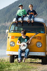 VW Bus - Slow Loris - Oregon coast vanlife