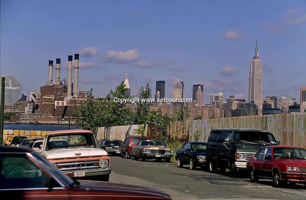 New York. Brooklyn.Le skyline de Manhattan view from Brooklyn  New york  Usa /   Le skyline de Manhattan vu depuis Brooklyn