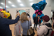 JEFF KOONS, Frieze. Regent's Park. London. 17 October 2013