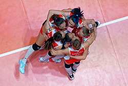 10–01-2020 NED: Olympic qualification tournament women Turkey - Belgium, Apeldoorn<br /> Last poule match Turkey and Belgium for qualifying semi finals win by Turkey 3-2 / Team Turkey celebrate