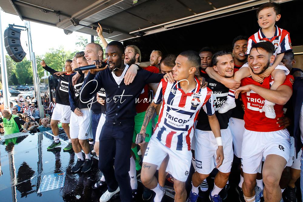 (L-R) *Elmo Lieftink* of Willem II, *Fernando Lewis* of Willem II, *Damil Dankerlui* of Willem II, *Jordy Croux* of Willem II, *Ismail Azzaoui* of Willem II