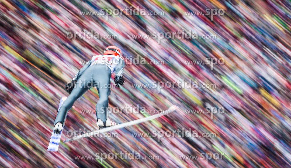 04.01.2014, Bergisel Schanze, Innsbruck, AUT, FIS Ski Sprung Weltcup, 62. Vierschanzentournee, Bewerb, im Bild Andreas Wellinger (GER) // Andreas Wellinger (GER) during Competition of 62nd Four Hills Tournament of FIS Ski Jumping World Cup at the Bergisel Schanze, Innsbruck, Austria on 2014/01/04. EXPA Pictures © 2014, PhotoCredit: EXPA/ JFK
