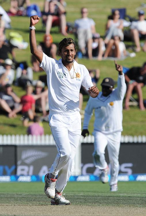 Sri Lanka's Suranga Lakmal takes the wicket of New Zealand's Mitchell Santner for 4 on day three of the second International Cricket Test, Seddon Park, Hamilton, New Zealand, Sunday, December 20, 2015.Credit:SNPA / Ross Setford