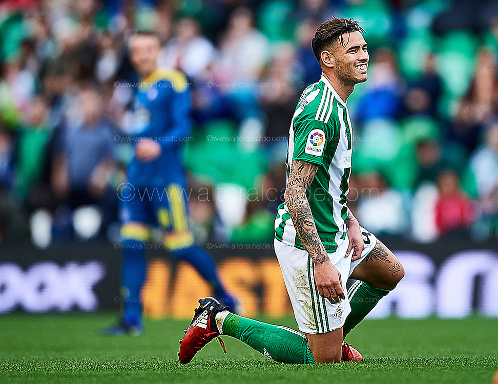 SEVILLE, SPAIN - DECEMBER 04:  Arnaldo Antonio Sanabria of Real Betis Balompie reacts during La Liga match between Real Betis Balompie an RC Celta de Vigo at Benito Villamarin Stadium on December 4, 2016 in Seville, Spain.  (Photo by Aitor Alcalde Colomer/Getty Images)