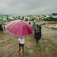 Sittwe IDP camps. May 2013.<br /> <br /> Thandoli camp forced moving.