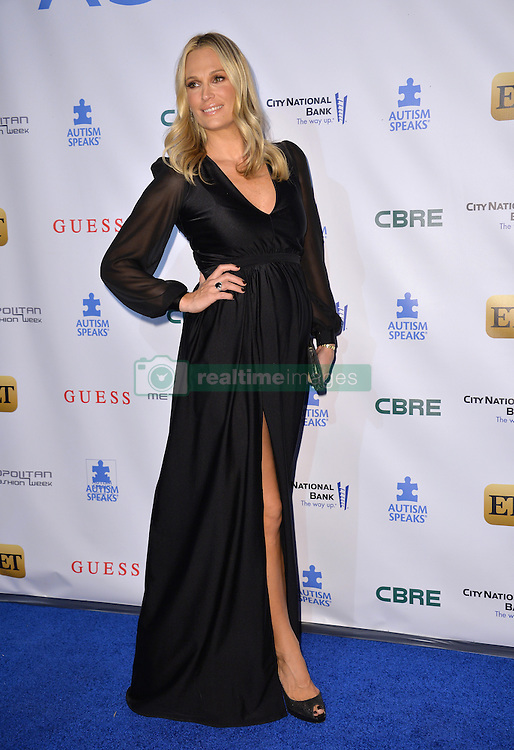 Molly Sims  bei der Autism Speaks La Vie En Blue Benefizgala in Burbank / 290916<br /> <br /> *** Autism Speaks La Vie En Blue Fashion Gala at Warner Bros. Studios, Burbank, USA, September 29, 2016 ***