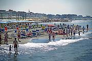 2013/06/23 Roma, prima domenica di estate a Ostia, il mare della capitale. Nella foto bagnanti sulla spiaggia.<br /> Rome, first summer sunday at Ostia, the capital beach. In the picture bathers on the beach - &copy; PIERPAOLO SCAVUZZO