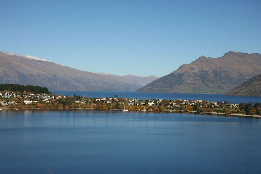 Frankton Arm, Queenstown, New Zealand, Saturday, May 05, 2012. Credit:SNPA / Dianne Manson