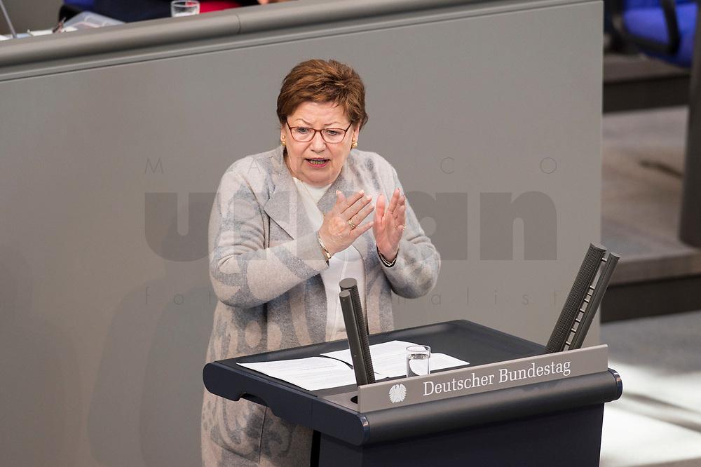 24 MAR 2017, BERLIN/GERMANY:<br /> Jutta Eckenbach, MdB, CDU, waehrend der Bundestagesdebatte zum Teilhabebericht der Bundesregierung 2016, Plenum, Deutscher Bundestag<br /> IMAGE: 20170324-01-073