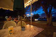 Oahu. Roadside dinner at Sharks' Cove Grill.
