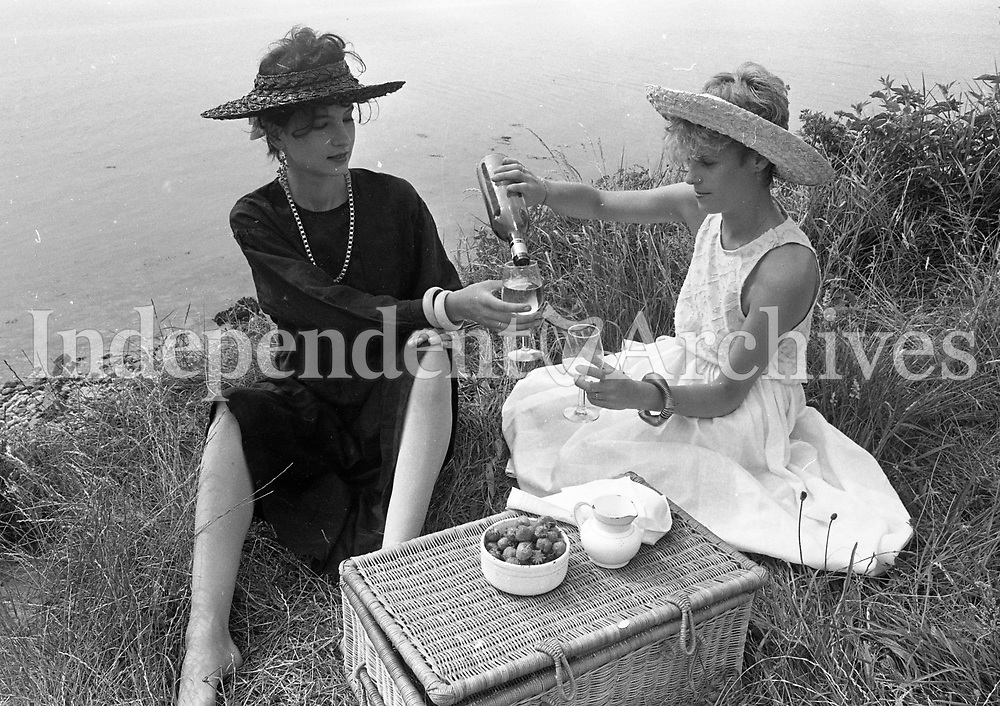 Fashion at Red Rock, Sutton, Dublin, 13/07/1983 (Part of the Independent Newspapers Ireland/NLI Collection).