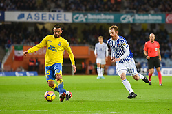 November 26, 2017 - San Sebastian, Gipuzkoa - Basque Country, Spain - Aquilani of U D Las Palmas duels for the ball with Zurutuza of Real Sociedad during the Spanish league football match between Real Sociedad and U D Las Palmas at the Anoeta Stadium on 26 November 2017 in San Sebastian, Spain  (Credit Image: © Jose Ignacio Unanue/NurPhoto via ZUMA Press)