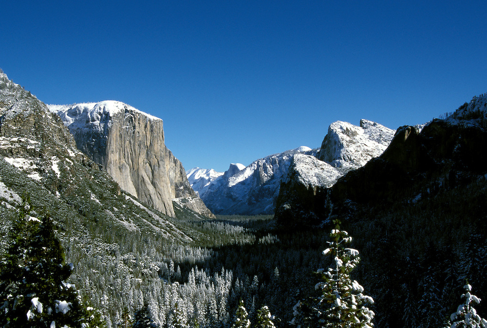 California: Yosemite Valley. View from Inspiration Point. Photo cayose101..Photo copyright Lee Foster, 510/549-2202, lee@fostertravel.com, www.fostertravel.com