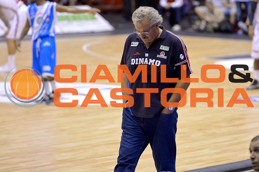 DESCRIZIONE : Milano Lega A 2013-14 EA7 Emporio Armani Milano  vs Banco di Sardegna Sassari playoff semifinali gara 1<br /> GIOCATORE : Romeo Sacchetti<br /> CATEGORIA : Delusione<br /> SQUADRA : Banco di Sardegna Sassari<br /> EVENTO : Semifinale gara 1 playoff<br /> GARA : EA7 Emporio Armani Milano vs Banco di Sardegna Sassari gara1<br /> DATA : 30/05/2014<br /> SPORT : Pallacanestro <br /> AUTORE : Agenzia Ciamillo-Castoria/I.Mancini<br /> Galleria : Lega Basket A 2013-2014  <br /> Fotonotizia : Milano<br /> Lega A 2013-14 EA7 Emporio Armani Milano vs Banco di Sardegna Sassari playoff semifinale gara 1<br /> Predefinita :