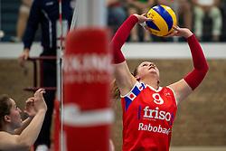 21-04-2019 NED: VC Sneek - Sliedrecht Sport, Sneek<br /> Final Round 2 of 5 Eredivisie volleyball - Sliedrecht Sport win 3-0 / Nienke Tromp #9 of VC Sneek