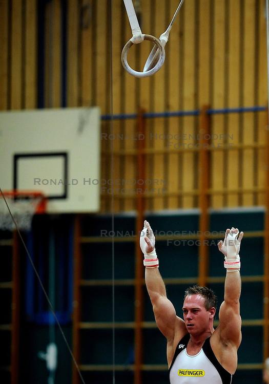 21-02-2009 TURNEN: EK KWALIFICATIE: BUNSCHOTEN SPAKENBURG<br /> Yuri van Gelder<br /> &copy;2009-WWW.FOTOHOOGENDOORN.NL