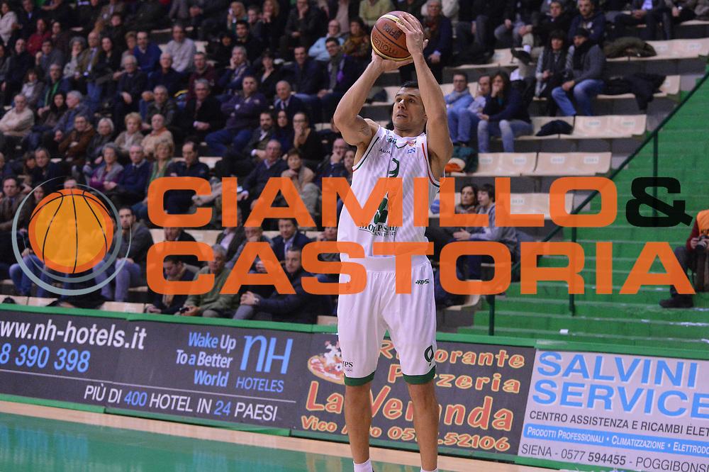 DESCRIZIONE : Siena Lega A 2012-13 Montepaschi Siena Sidigas Avellino<br /> GIOCATORE : Marco Carraretto<br /> CATEGORIA : three points<br /> SQUADRA : Montepaschi Siena<br /> EVENTO : Campionato Lega A 2012-2013 <br /> GARA :  Montepaschi Siena Sidigas Avellino<br /> DATA : 03/12/2012<br /> SPORT : Pallacanestro <br /> AUTORE : Agenzia Ciamillo-Castoria/GiulioCiamillo<br /> Galleria : Lega Basket A 2012-2013  <br /> Fotonotizia : Siena Lega A 2012-13 Montepaschi Siena Sidigas Avellino<br /> Predefinita :