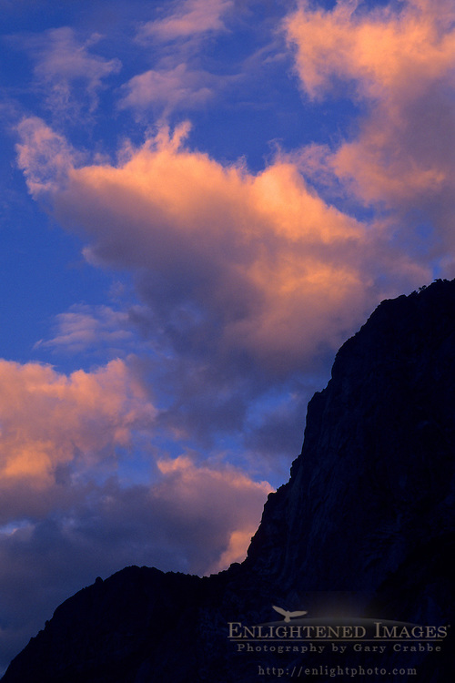 Morning clouds over the rim of Yosemite Valley, Yosemite National Park, California