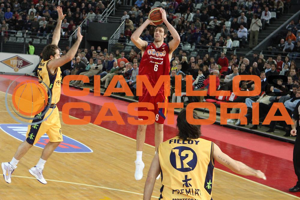DESCRIZIONE : Roma Lega A1 2008-09 Lottomatica Virtus Roma Premiata Montegranaro<br /> GIOCATORE : Angelo Gigli<br /> SQUADRA : Lottomatica Virtus Roma <br /> EVENTO : Campionato Lega A1 2008-2009<br /> GARA : Lottomatica Virtus Roma Premiata Montegranaro<br /> DATA : 28/12/2008<br /> CATEGORIA : Tiro <br /> SPORT : Pallacanestro <br /> AUTORE : Agenzia Ciamillo-Castoria/G.Ciamillo