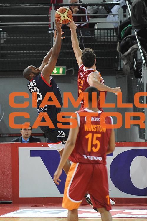DESCRIZIONE : Roma Lega A 2009-10 Basket Lottomatica Virtus Roma Angelico Biella<br /> GIOCATORE : Angelo Gigli<br /> SQUADRA : Lottomatica Virtus Roma<br /> EVENTO : Campionato Lega A 2009-2010<br /> GARA : Lottomatica Virtus Roma Angelico Biella<br /> DATA : 08/11/2009<br /> CATEGORIA : Stoppata<br /> SPORT : Pallacanestro<br /> AUTORE : Agenzia Ciamillo-Castoria/G.Ciamillo<br /> Galleria : Lega Basket A 2009-2010 <br /> Fotonotizia : Roma Campionato Italiano Lega A 2009-2010 Lottomatica Virtus Roma Angelico Biella<br /> Predefinita :