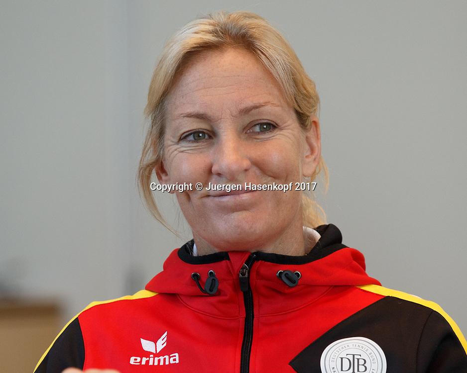 Fed Cup GER-UKR, Deutschland - Ukraine, Auslosung im Rathaus Stuttgart, <br /> Team Chefin Barbara Rittner (GER)